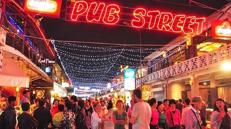 Pub street Siem Reap Cambodja